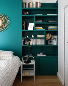 Incredbly Bedroom // bedside // bookcase // shelves // headboard // blue // green - Best Decoration ideas for the home Decor, Home Decor Bedroom, Creative Bookcases, Bedside Bookcase, Headboard With Shelves, Home Decor, Home Decor Baskets, Mattress Design, Trendy Home