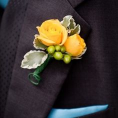 Yellow Rose Boutonniere Spray