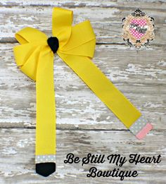 Be Still My Heart Bowtique Pencil Ponytail Bow Buyer's choice of clip or pony'o, if no selection is made, I will send on a french clip. Start Bid: $1 Shipping: $2, .50 per additional item Paypal only Ships within the US only www.facebook.com/bestillmyheartbowtique https://www.etsy.com/shop/BeStillBowtique Bid Here: https://www.facebook.com/BOWMAFIAGIRLS/photos/a.734450866617720.1073741943.477604452302364/734696659926474/?type=3&theater