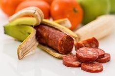 How Many Calories in Sausage: Nutrition, Facts, Benefits - Gohealthline Dieta Atkins, Atkins Diet, Nutrition Drinks, Nutrition Tips, Watermelon Nutrition, Muscle Nutrition, Animal Nutrition, Sports Nutrition, Crunches