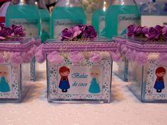 Lindas caixinhas que fiz para o aniversário da nossa filhinha em casa! Luciana Costa Veja mais fotos na nossa loja!
