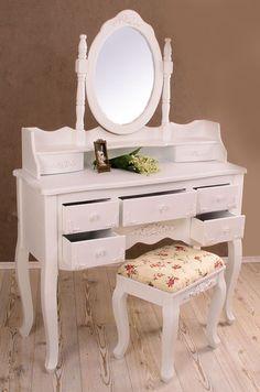 Toaletka z owalnym lustrem. Shabby Chic, Vanity, Bedroom, Dressing, Interior, Retro, Furniture, Articles, Houses