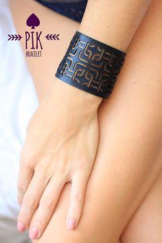 HOT PRICELeather Bracelet cuff Leather Cuff Ladies por PikBracelet