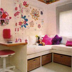 organização de quarto infantil-gavetas sob a cama