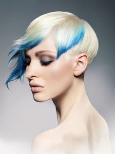 """Ooooh Hope Doms. Now you're giving us the """"blues."""" Beautiful image, which is part of Hope's NAHA 2013 Finalist Contemporary Classic collection. Photog: Roberto Ligresti #HotOnBeauty #Bluehair #DipDyed #Ombre #ShortHair"""