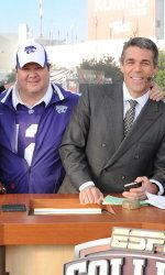 Eric Stonestreet on College Gameday. Can't wait to see him in the MLB celebrity all-star game!