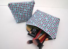 Hey, I found this really awesome Etsy listing at https://www.etsy.com/listing/249694894/strawberry-make-up-bag-set-2-pack-make
