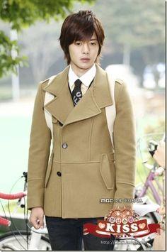 Brad Pitt, Kim Joon Hyun, Leonard Dicaprio, Baek Seung Jo, Boys Before Flowers, Korean Drama Series, Playful Kiss, Jung So Min, After Life