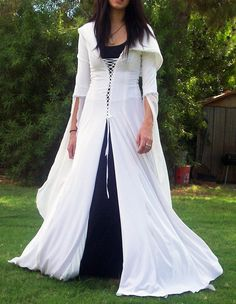 Cloaks Pagan Wicca Witch:  Legend of the Seeker white cloak.