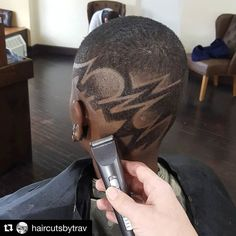 This is From @national_barbers_association Go check em Out  Check Out @RogThaBarber100x for 57 Ways to Build a Strong Barber Clientele!  #nycbarber #barberconnection #newyorkbarber #girlbarber #brasilbarbers #barbercon #barbersalute #realbarbers #Barbershopconnectuk #barberlive #nybarber #nationalbarberassociation #DMVBarbers #GTABarbers #dcbarber #barberdts #ladybarbers #beautifulbarbers #arizonabarber #barbersconnect #barbersupplies #oldschoolbarber #OurBarberUK #vabarber #travelingbarber…