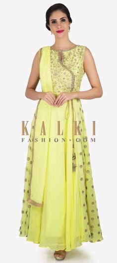 Lemon yellow anarkali suit adorn in beautiful resham floral motif embroidery only on Kalki Punjabi Fashion, Indian Fashion, Indian Suits, Indian Wear, Pakistani Dresses, Indian Dresses, Latest Punjabi Suits Design, Simple Anarkali, Long Dresses