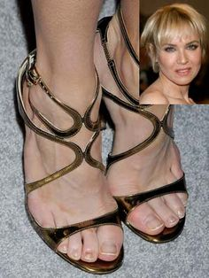 15 of the Ugliest Celebrity Feet (You Won't Believe The Pretty Faces These Ugly Feet Belong To) | StyleBlazer