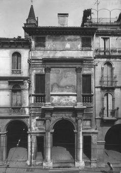 Andrea Palladio, Classic Architecture, Historical Architecture, School Architecture, Vicenza Italy, Composition Design, Les Oeuvres, Facade, Louvre