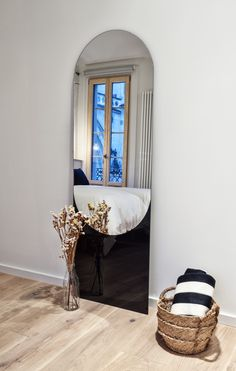 New arrival at Elpisitö! Shape Mirror from Danish label HAY