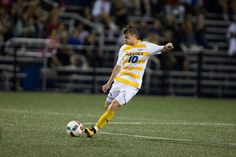 Hofstra's men's soccer team extended its unbeaten streak to eight with a win over Colonial Athletic Association rival Delaware Saturday night at Grant Stadium. College Soccer, Thing 1, S Man, Athletic, Running, Sports, Hs Sports, Athlete, Keep Running