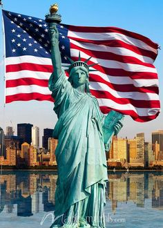 The Statue of Liberty and the American flag. How more patriotic could one mural get? Both set in front of the skyline of lower Manhattan and New York Harbor. American Flag Pallet, American Flag Wood, American Pride, I Love America, God Bless America, Lower Manhattan, American Flag Wallpaper, Usa Flag Wallpaper, American Flag Pictures