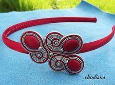 . Boho Jewelry, Jewelery, Jewelry Design, Alice Band, Soutache Necklace, Bridal Bracelet, Button Crafts, Shibori, Beaded Embroidery