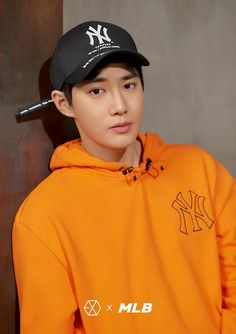 180313 #EXO #SUHO @ MLB Official Website: < MLB X EXO >