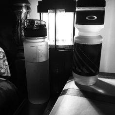 oakley water bottle