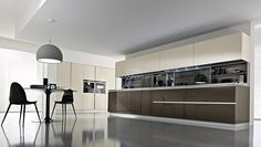 Pedini USA with shelving between the counter and wall cabinets, complete with sliding doors.