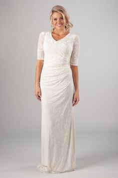 Wedding Tips: How to Buy the Perfect Wedding Dress - Wedding Tips 101 2nd Marriage Wedding Dress, Wedding Dress Over 40, Second Wedding Dresses, Modest Wedding Dresses, Perfect Wedding Dress, Bridal Dresses, Wedding Gowns, Wedding Dresses For Older Women, Older Bride Dresses