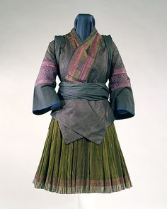 Ensemble,Miao people (China), c. Costume Ethnique, Mega Fashion, Chinese Clothing, Textiles, Oriental, Folk Costume, Historical Costume, Couture, Asian Style