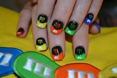 M&M nails #nailgating