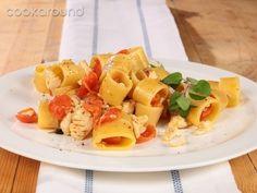 Calamarata alla spigola, origano e pomodorini: Ricette di Cookaround | Cookaround
