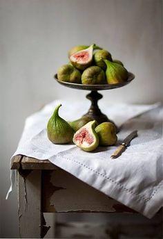 suzieandersonhome:  Figs - Rustic - Silverware - Embroidered Linen -