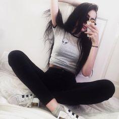 Alien chemise Tumblr T-Shirt Grunge vêtements exotiques Tshirt Pocket Tee blanc gris