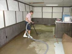 Choose a service that is offered using the latest technology. The best provider of water damage recovery service uses sophisticated equipment to extract and pump water out. Their service also entails mold remediation and dehumidification to deal with the water problem completely. With such a service, your property will be dried completely and you will not have to deal with water or moisture issues in the future.