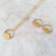 Ketten lang - Lange Kette Hippie Blumen Kreis - vergoldet - ein Designerstück…
