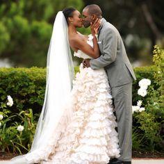 This bride's Oscar de la Renta wedding gown stole the show!!!  Gavin Wade Photographers