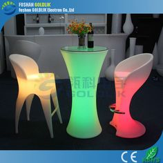 led light up furniture stool www.goldlik.com Bar Chairs, Table And Chairs, Bar Stools, Table Lamp, Led Furniture, Outdoor Furniture, Cocktail Tables, Hurricane Glass, Lava Lamp