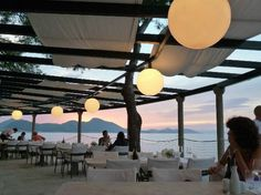 Villa Ruza Restaurant & Lounge Bar: Lights