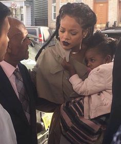 November 6: Rihanna & Majesty out in NYC.
