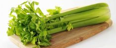 Do you eat celery? When you find out about the super health benefits in just one celery stalk you'll start eating them immediately? How To Freeze Celery, Organic Soup, Freezing Eggs, Key Food, Emergency Preparation, Frozen Meals, Brain Food, Fruits And Vegetables, Healthy Weight