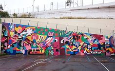 Finally finished the wall in the 'Lycée Français' of Tenerife.  I had severals meetings with the students to talk with them around the theme: 'protecting our planet'. They made loads of sketches that I used has inspiration for my own composition. What a great experience to work around kids!  #kids #fresh #kidsdrawing #mural #lyceefrancais #onlybrush #color #colors #niños #3ttman #louislambert #protectnature #ourfuture #tree #planetearth #mothernature #dandolecariño