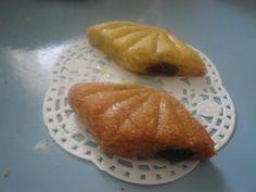 mes makrouts, le plus foncé est cuit en mode friture et le plus clair est cuit au four....