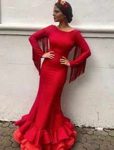 Madroñal - We Love Flamenco 2018 - Sevilla Charro Quinceanera Dresses, Gala Dresses, Flamenco Costume, African Dresses For Kids, Mexican Dresses, Red Fashion, I Dress, Chic Outfits, Dress To Impress