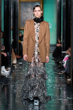 Erdem Fall 2020 Ready-to-Wear Collection - Vogue 2020 Fashion Trends, Runway Fashion, Street Fashion, Vogue Paris, Best Of Fashion Week, Daily Fashion, High Fashion, Vintage Couture, Vogue Russia