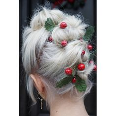 Embellished Holiday Updo On Short Hair Ball Hairstyles, Winter Hairstyles, Cute Hairstyles, Short Hair Updo, Short Hair Styles, Christmas Party Hairstyles, Hair Doo, Special Occasion Hairstyles, Hair Heaven