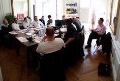 Luc Vaudan enseigne le Trading aux traders juniors à l'école internationale de Trading à Paris. Tous les mois, rencontrez Luc Vaudan et apprenez à devenir un trader gagnant !