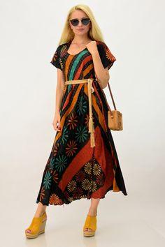 Boho φόρεμα | POTRE Cold Shoulder Dress, Bohemian, Summer Dresses, Style, Fashion, Swag, Moda, Summer Sundresses, Fashion Styles