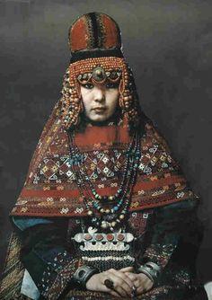 Sa'wkele headdress