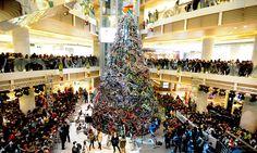 ¡Un árbol de navidad hecho con #bicicletas!