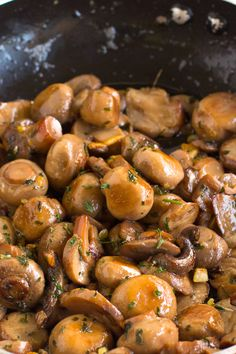 15 Minute Garlic Sautéed Mushrooms