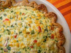 Tarta de Pollo y Choclo (Chicken and Corn Pie) - Hispanic Kitchen Mexican Dishes, Mexican Food Recipes, Quiches, Argentina Food, Argentina Recipes, Great Recipes, Favorite Recipes, Yummy Recipes, Yummy Food