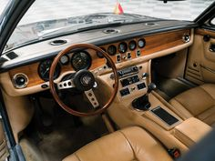 RM Sotheby's - 1971 Maserati Quattroporte Prototipo by Frua Maserati Quattroporte, Car Museum, Dashboards, Car Ins, Old Cars, Car Seats, Automobile, Steering Wheels, Car Interiors