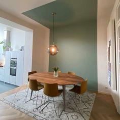 Green Accent Walls, Accent Walls In Living Room, Living Room Interior, Home Living Room, Green Dining Room, Dining Room Paint, Dining Room Colors, Colour Blocking Interior, Deco Studio
